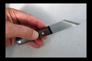 Craft knife left handed