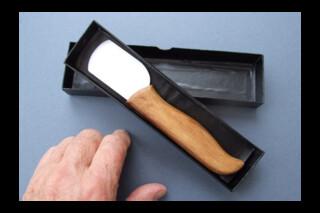 Ceramic bladed paring knife
